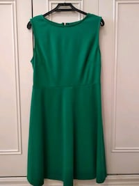 Vestido color botella. Talla S. 6416 km