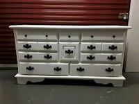Solid wood prestige chalk white 10 drawer dresser Nashville, 37211