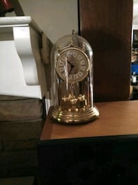 Bulova Mantle/Table Clock Knoxville, 37909