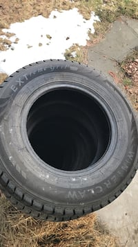 New Winter Claw Mud/Snow Studded Tires 265/70R17