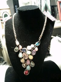 New Necklace with earrings by Betsey J.NICE