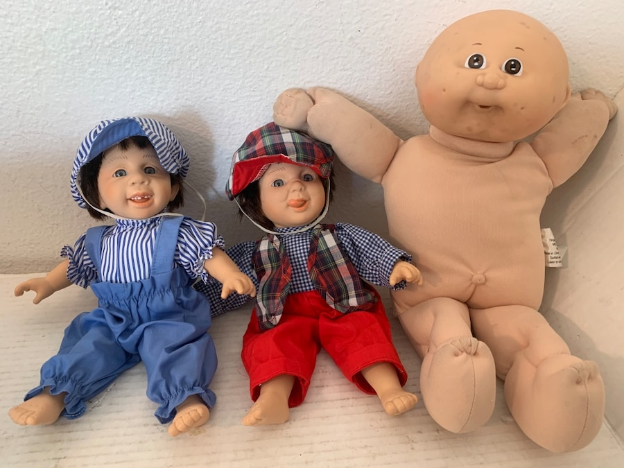 Photo 3 Dolls 2 Gi-Go Expression Dolls 1 Cabbage Patch Baby