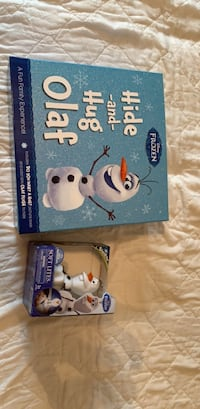 OLAF COLLECTORS SET with CD reading book Ottawa, K2B 6X2