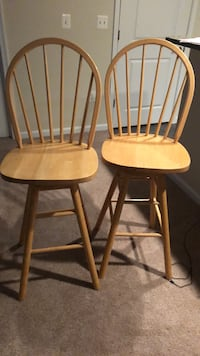 two brown wooden windsor chairs Alexandria, 22302