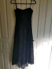 BCBG Evening gown dress black lace size 6 small   Calgary, T2J 0L8