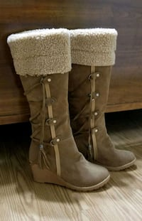 Brand new boots size 7 Bloomfield, 40008