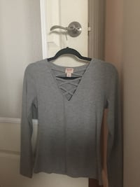 gray long sleeve shirt Fresno, 93720