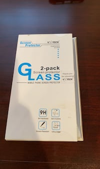 iPhone Glass Screen protector (only 1)