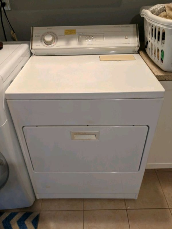 GAS - Whirlpool White front load clothes dryer 7d331396-ff9f-4a2f-8df0-fa49d45ecf11