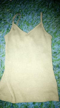 Olive green tank top  Eagle Point, 97524