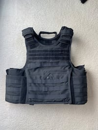 Vest-Carrier for body armor