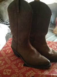 BOOT BARN COWGIRL BOOTS