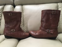 Brown boots Size 7 Toronto, M9V 1H3