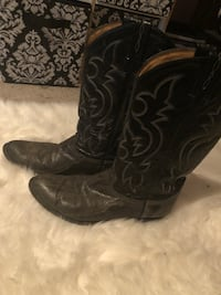 pair of black leather cowboy boots Rosedale, 21237