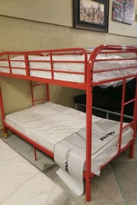 Twin/twin bunk bed frame