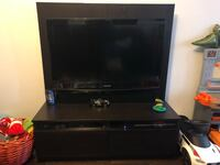 """Samsung 40"""" tv and beautiful tv stand Milton, L9T 7X9"""