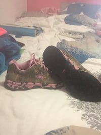 Women's Real Tree trail runners