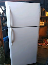 white refrigerator Electrolux