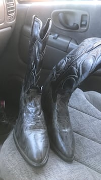 Pair of black leather cowboy boots 10.5 Asheville, 28806