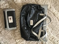 Guess purse and wallet Myrtle Beach, 29579