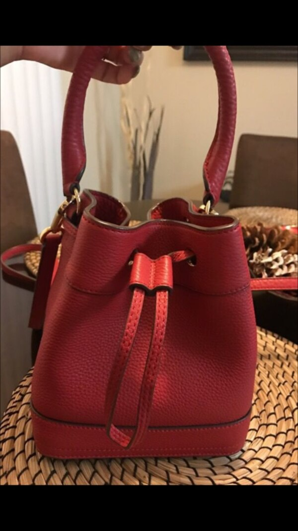 0babe3555b Used Tory Burch Bucket Bag for sale in Spring Valley - letgo