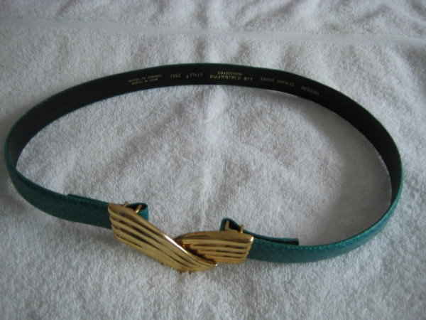 Moving Sale:  Ladies Leather Belt-  NEW - Green w Gold Buckle b546cede-db62-4de9-95e3-66bf70d12388
