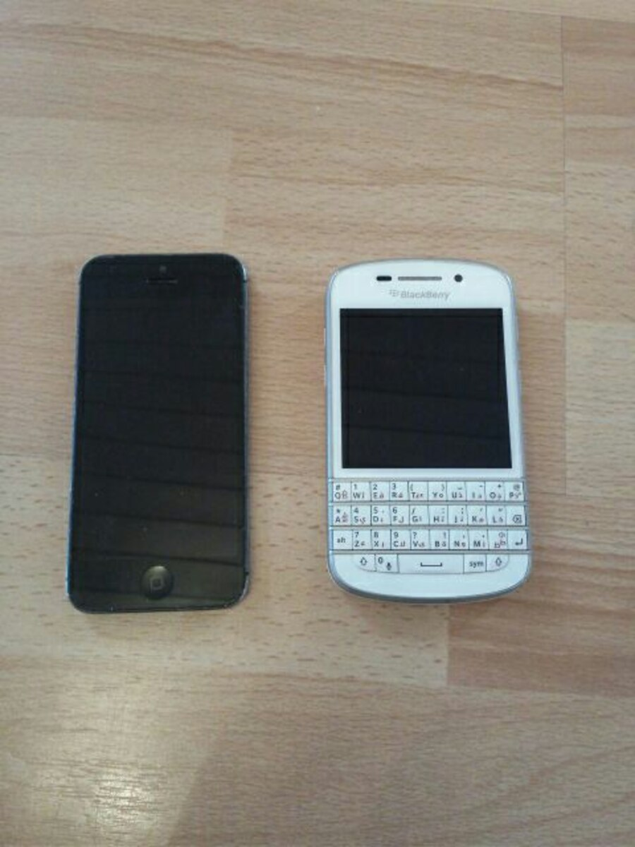 Iphone 5, 64Gb Blackberry Q10