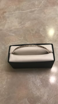 Rose gold bangle brand new  Wilson, 27893