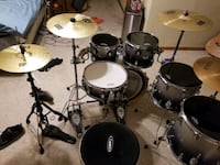 Pdp x7 maple drumset