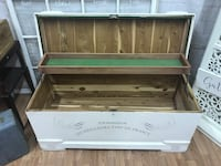 Vintage cedar chest French country Nokesville, 20181