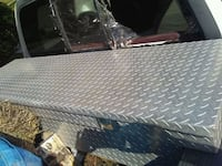 gray diamond plated truck saddle box null