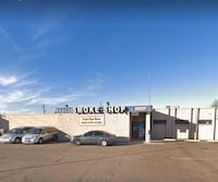 COMMERCIAL For rent 1BA Large Front office, with multi rooms with kitchenette and bath room  utilities included Mesa