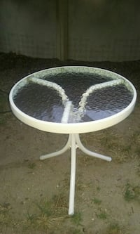 Small round glass outdoor table Lindenhurst, 11757