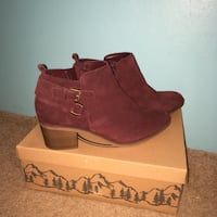 pair of brown suede boots Semmes, 36575