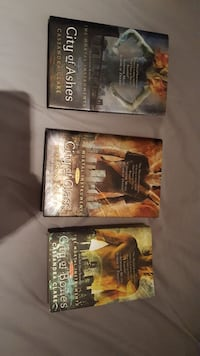 City of Ashes, Glass and Bones books