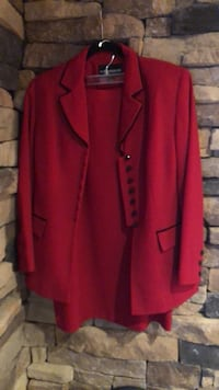 red and black button up long sleeve shirt Clear Brook, 22624