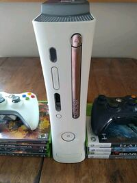 Xbox 360 + controllers/games