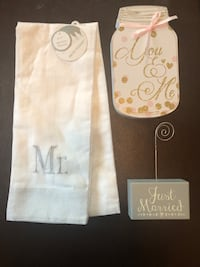 Wedding Decor (NEW WITH TAGS)