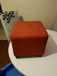 brown and red fabric sofa chair London, N5Y 4J8