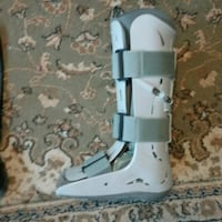 Aircast Boot small, fit my foot I'm a size 7 1/2 - Peterborough, K9J 4Y9