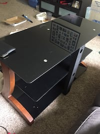 Tv stand Forest Grove, 97116