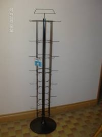 42 hooks spinner display rack