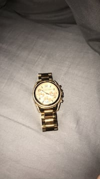 round gold chronograph watch with gold link bracelet Rockledge, 32955