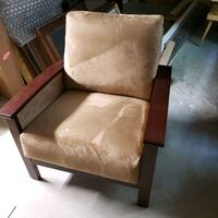 2 Chairs Lancaster, 17601