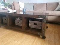 living room set-coffee table ,side table and tv console. Niles, 60714