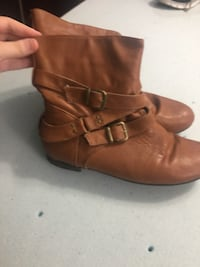 Leather boots size 9- O'Fallon, 62269