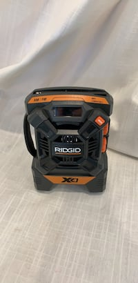 black and yellow DEWALT battery charger Los Angeles, 90018