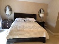 King wood bed and two night stands Ashburn, 20148