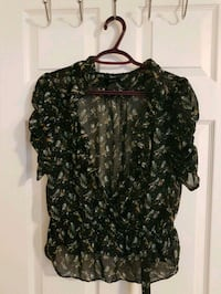 H&M top size 14 (small size)