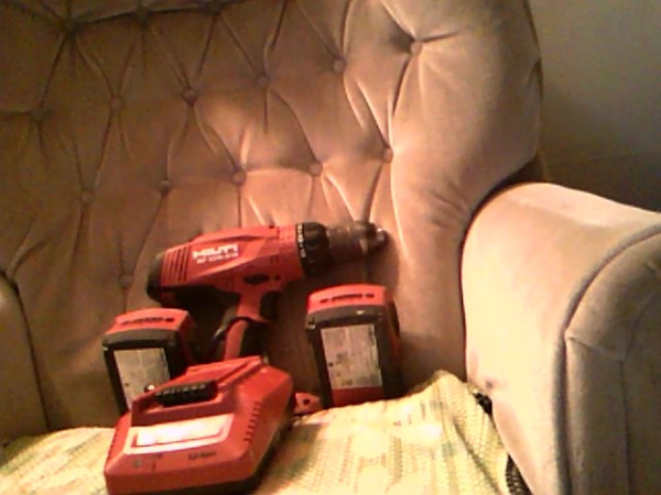 Hilti SW-10W-A18 Cordless Drill W/2 Batteries W/Charger